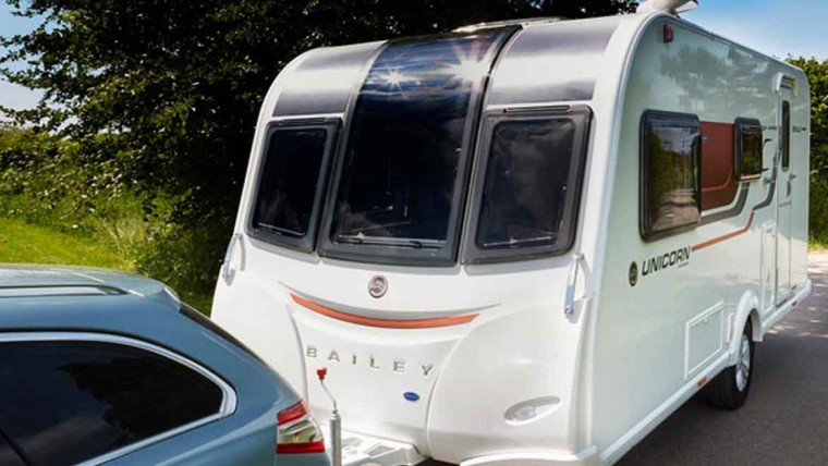 Simple Tips for Reversing with a Caravan